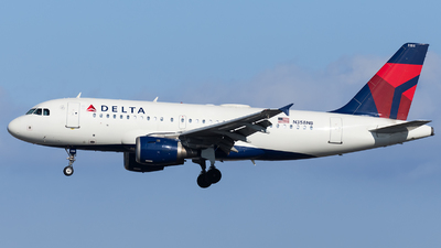 A picture of N358NB - Airbus A319114 - Delta Air Lines - © Marco Papa