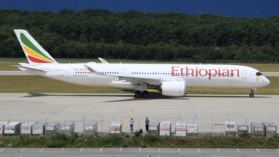A picture of ETAVB - Airbus A350941 - Ethiopian Airlines - © AirBusAl