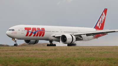 PT-MUG - Boeing 777-32WER - TAM Linhas Aéreas