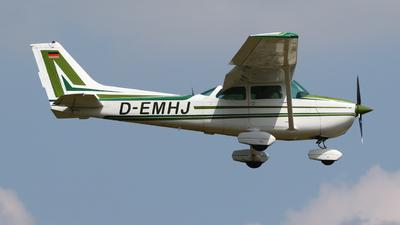 D-EMHJ - Cessna 172P Skyhawk II - Private