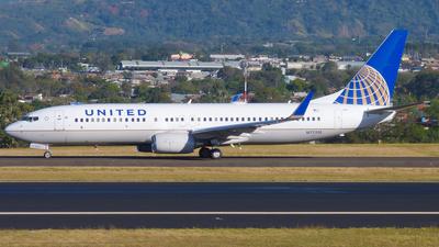 N77510 - Boeing 737-824 - United Airlines