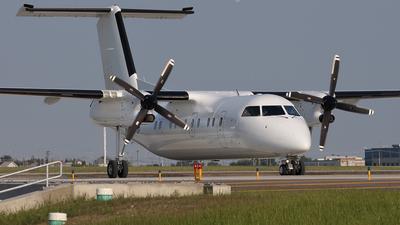 A picture of CGYUP - De Havilland Canada Dash 8200 - Sunwest Aviation - © Mike MacKinnon