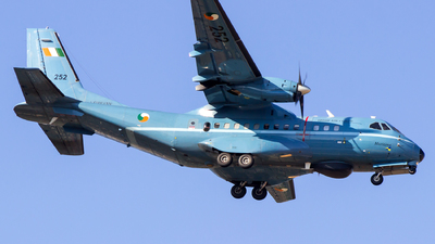 252 - CASA CN-235M-100 - Ireland - Air Corps