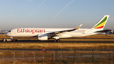 ET-AWN - Airbus A350-941 - Ethiopian Airlines