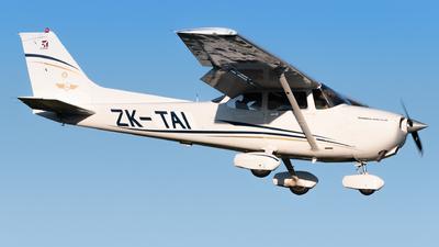 ZK-TAI - Cessna 172S Skyhawk SP - Tauranga Aero Club