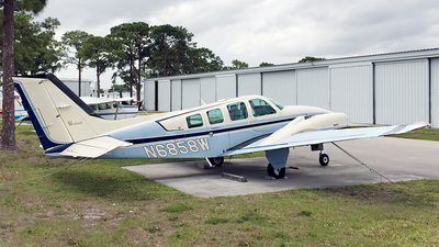 N6858W - Beechcraft 58 Baron - Private