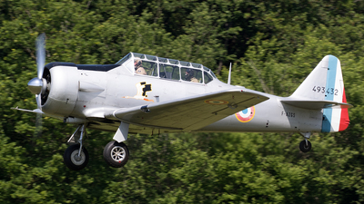 F-AZGS - North American AT-6 Texan - Private