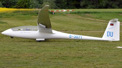 D-3071 - Schempp-Hirth Duo Discus - Private