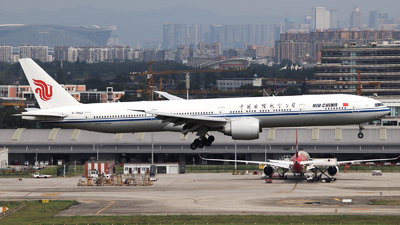 A picture of B7952 - Boeing 77739L(ER) - Air China - © Neo Mei ZSPD