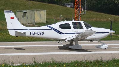 A picture of HBKMO - Cirrus SR22 - [4515] - © Mirko Bleuer