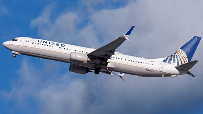 A picture of N38473 - Boeing 737924(ER) - United Airlines - © OCFLT_OMGcat