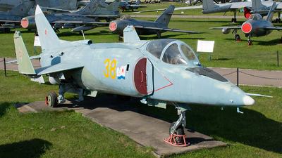 38 - Yakovlev Yak-38 Forger - Russia - Navy
