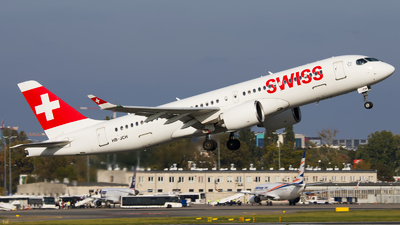 A picture of HBJCH - Airbus A220300 - Swiss - © Emil Zegnalek