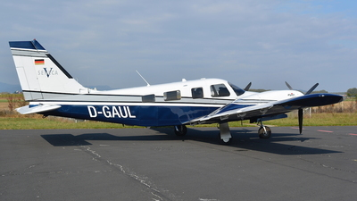 D-GAUL - Piper PA-34-220T Seneca V - Private