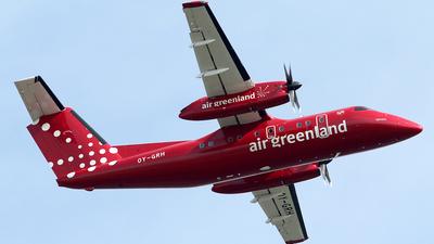 A picture of OYGRH - De Havilland Canada Dash 8200 - Air Greenland - © Ian Howat