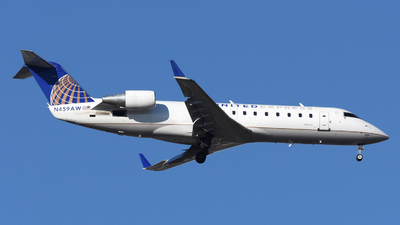 A picture of N459AW - Mitsubishi CRJ200LR - United Airlines - © DJ Reed - OPShots Photo Team