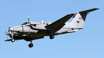 10-00260 - Beechcraft C-12V Huron - United States - US Army