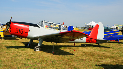 G-BWTG  - De Havilland Canada DHC-1 Chipmunk T.10 - Private