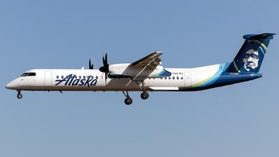 A picture of N447QX - De Havilland Canada Dash 8400 - Alaska Airlines - © Jason Chen