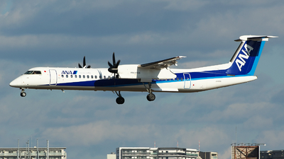JA465A - Bombardier Dash 8-Q402 - ANA Wings