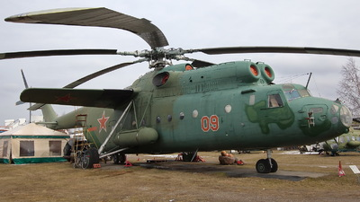 09 - Mil Mi-6 Hook - Russia - Air Force