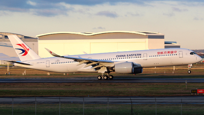 F-WZNF - Airbus A350-941 - China Eastern Airlines