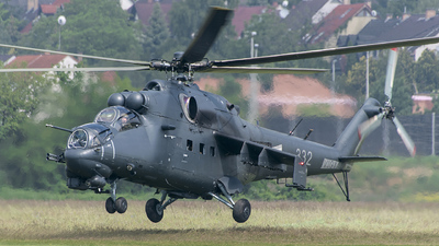 332 - Mil Mi-24P Hind F - Hungary - Air Force