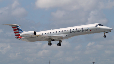 N662EH - Embraer ERJ-145LR - American Eagle (Envoy Air)