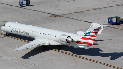 A picture of N911FJ - Mitsubishi CRJ900ER - American Airlines - © Alexander Aston