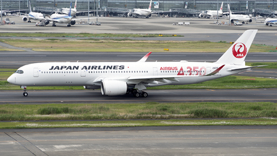 A picture of JA01XJ - Airbus A350941 - Japan Airlines - © wengenpc