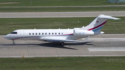 A picture of HBJRJ - Bombardier Global 5500 - [60007] - © Kurt Kolb