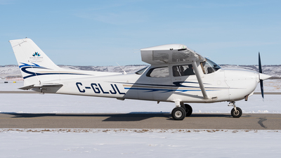 C-GLJL - Cessna 172R Skyhawk II - Mount Royal University