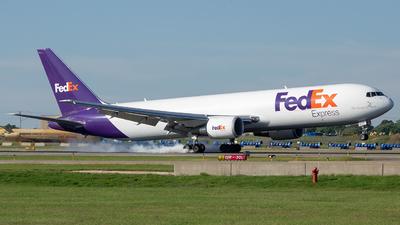 A picture of N129FE - Boeing 7673S2F(ER) - FedEx - © Stephen J Stein
