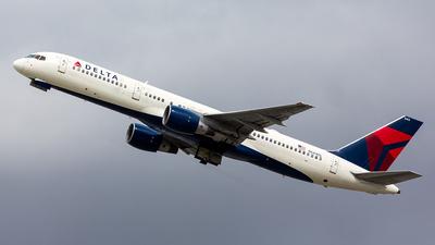 N644DL - Boeing 757-232 - Delta Air Lines