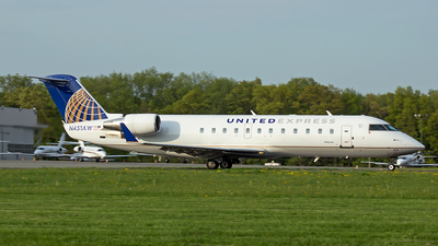 N451AW - Bombardier CRJ-200ER - United Express (Air Wisconsin)