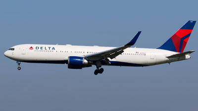 A picture of N177DZ - Boeing 767332(ER) - Delta Air Lines - © Matteo Lamberts