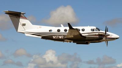 A picture of N17WG - Beech B200 Super King Air - [BB1602] - © Kukulkan Avia