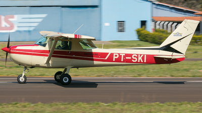 PT-SKI - Cessna 150M - Private