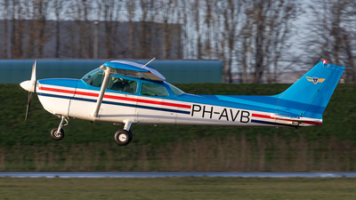 PH-AVB - Reims-Cessna F172P Skyhawk II - Private