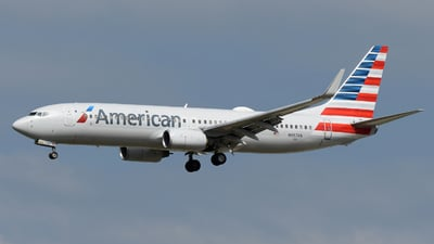 A picture of N957AN - Boeing 737823 - American Airlines - © DJ Reed - OPShots Photo Team