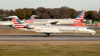 A picture of N510AE - Mitsubishi CRJ701ER - American Airlines - © Yan777