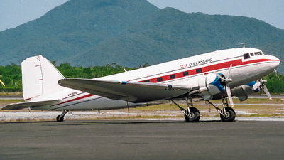 VH-SBL - Douglas DC-3C - Private