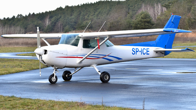SP-ICE - Cessna 150M - Private