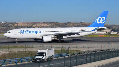 A picture of ECKOM - Airbus A330202 - Air Europa - © Jens Brokuf