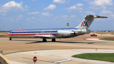 N9619V - McDonnell Douglas MD-83 - American Airlines