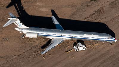 N953U - McDonnell Douglas MD-82 - American Airlines