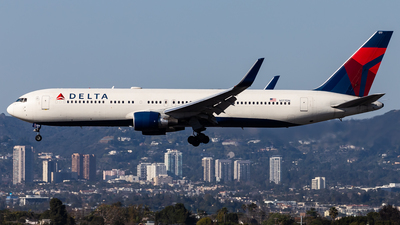 A picture of N177DN - Boeing 767332(ER) - Delta Air Lines - © Brandon Giacomin