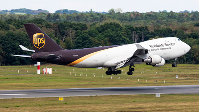 A picture of N576UP - Boeing 74744A(F) - UPS Airlines - © Andy Fonseca