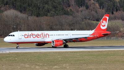OE-LCC - Airbus A321-211 - Air Berlin (Niki)