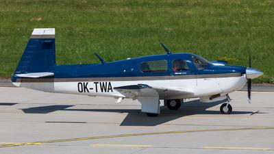 OK-TWA - Mooney M20J - Private